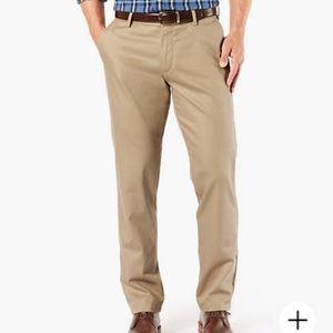 Men's Dockers Signature Khaki Straight Fit 32x30